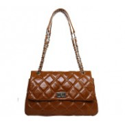 Jennifer Flap Bag Oil-tanned Leather Camel